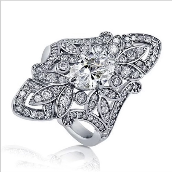 New Luxury 925 Sterling Silver Diamond Lovely Ring